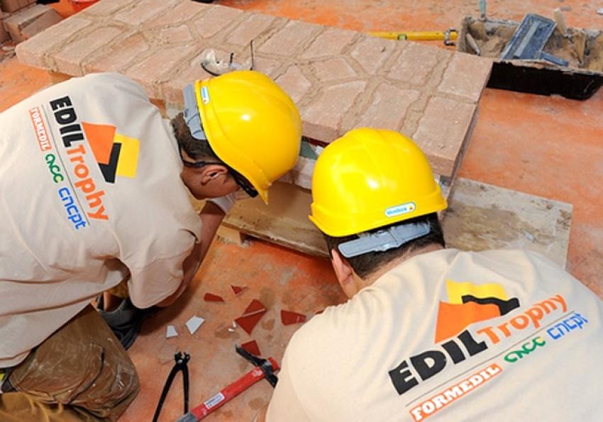 I muratori più abili di fronte alla sfida dell'antisismica
