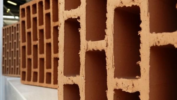 SAIE da 54 edizioni è la fiera di riferimento per l'intero sistema delle costruzioni