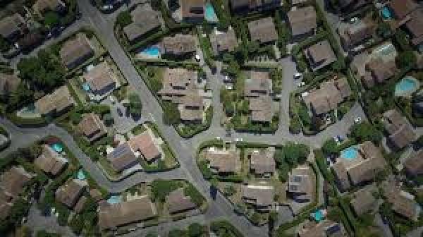 Google Earth: prova degli abusi edilizi