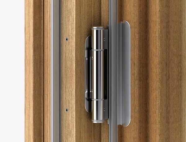 I valori di AGB per R4, la cerniera per portoncini in legno