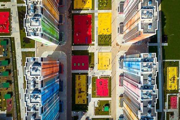 La periferia colorata di Massimo Iosa Ghini a Mosca