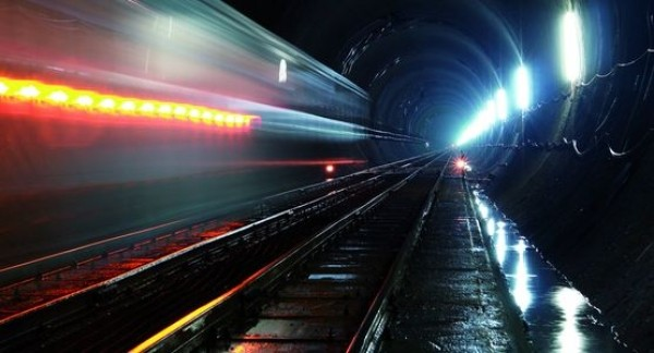 Il tunnel dei superlativi