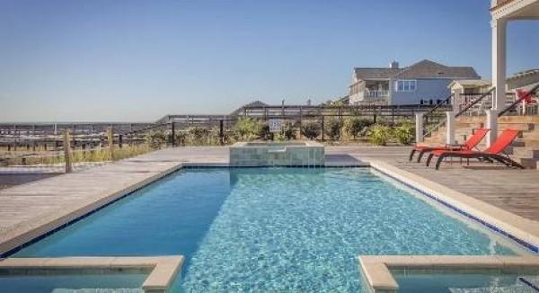 Natura pertinenziale di una piscina rispetto al complesso delle opere autorizzate