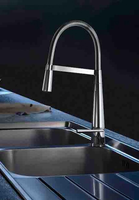 Anteprime Salone - Il miscelatore lavello LIKID300 di Teknobili: la funzione in una perfetta armonia di forme