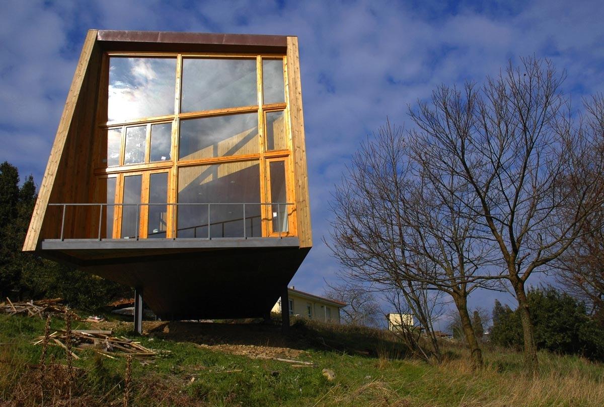 76.House Steel&Wood1