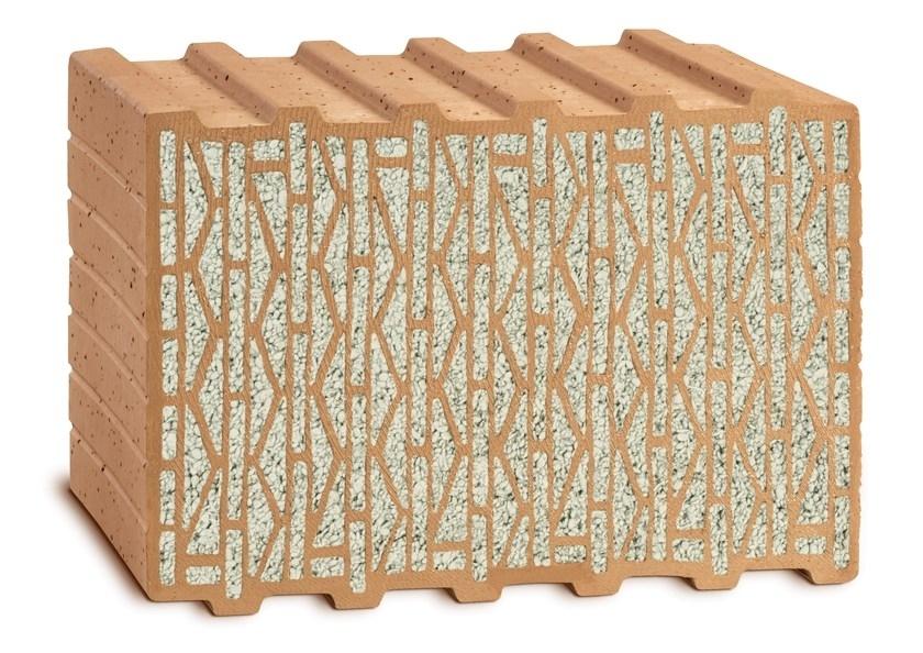 """UNIPOR W08 CORISO PLANZIEGEL - Una casa di mattoni è sinonimo per eccellenza di solidità : """"Sentirsi bene, sentirsi al protetto scegliendo di abitare naturalmente"""". Con UNIPOR W08 CORISO incorpora nella casa un impianto di climatizzazione naturale: in estate i muri massivi in laterizio proteggono gli ambienti dalla calura; in inverno l'isolamento termico integrato ferma il freddo dell' esterno, grazie alle straordinarie proprietà di isolamento termico di """"CORISO"""", il materiale minerale naturale incorporato in esso. Il mattone UNIPOR W08 CORISO  (la W significa """"Wärmeziegel"""" ovvero """"mattone termico"""") raggiunge un valore di conducibilitá termica di ? 0,08[W/(mK)] ed é quindi perfettamente idoneo per la costruzione di case a basso consumo energetico e/o case passive, con delle esigenze da non sottovalutare proteggere la natura risparmiando attivamente energia e migliorando in maniera decisiva il proprio benessere in un'abitazione sana, solida, massiccia, monolitica e conveniente nel tempo. Viene prodotto negli spessori 49,0  42,5  36,5 e 30,0 cm. e a differenza di sistemi di costruzione con isolamenti a cappotto o di complicati e onerosi sistemi applicati sui muri perimetrali UNIPOR W08 CORISO convince grandemente per il suo valore """"intrinseco"""" perchè al nostro """"monomuro"""" non occorre nessun tipo di ulteriore isolamento termico. Da raccomandare caldamente: l'efficienza energetica si sente davvero."""
