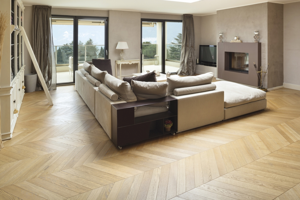 Ambientazione NEW LINE S 120 - Spina Francese 45° NATURALE