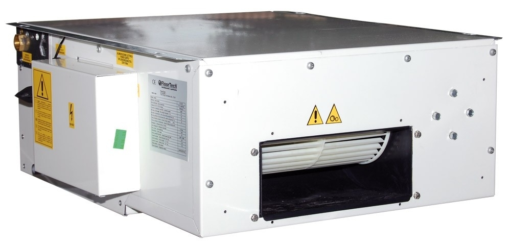 Deumidificatori - Negli impianti radianti funzionanti anche in raffrescamento, per la stagione estiva è fondamentale installare un sistema di deumidificazione adeguatamente dimensionato per garantire il comfort e evitare la possibile formazione di condensa sulle superfici radianti. In ambienti residenziali, per ottenere il giusto grado di deumidificazione, è necessario prevedere il trattamento di 1 vol/h. I deumidificatori a parete FloorTech FTV25 hanno una portata di 250 m3/h quindi sono idonei in ambienti da 250 m3 (circa 90 m2 in locali di altezza standard). Sono disponibili sia nella versione standard (FTV25) che in quella ibrida (FTV25 Y). Nella gamma dei deumidificatori a soffitto FTO proponiamo due taglie, entrambe disponibili sia nella versione standard che nella versione ibrida: FTO25 con portata di 250 m3/h e FTO50 con portata di 600 m3/h.