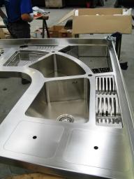 Piani arredo cucina su misura in acciaio inox 22-01-2020