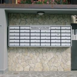 Cassette Postali Condominiali fissate a Muro