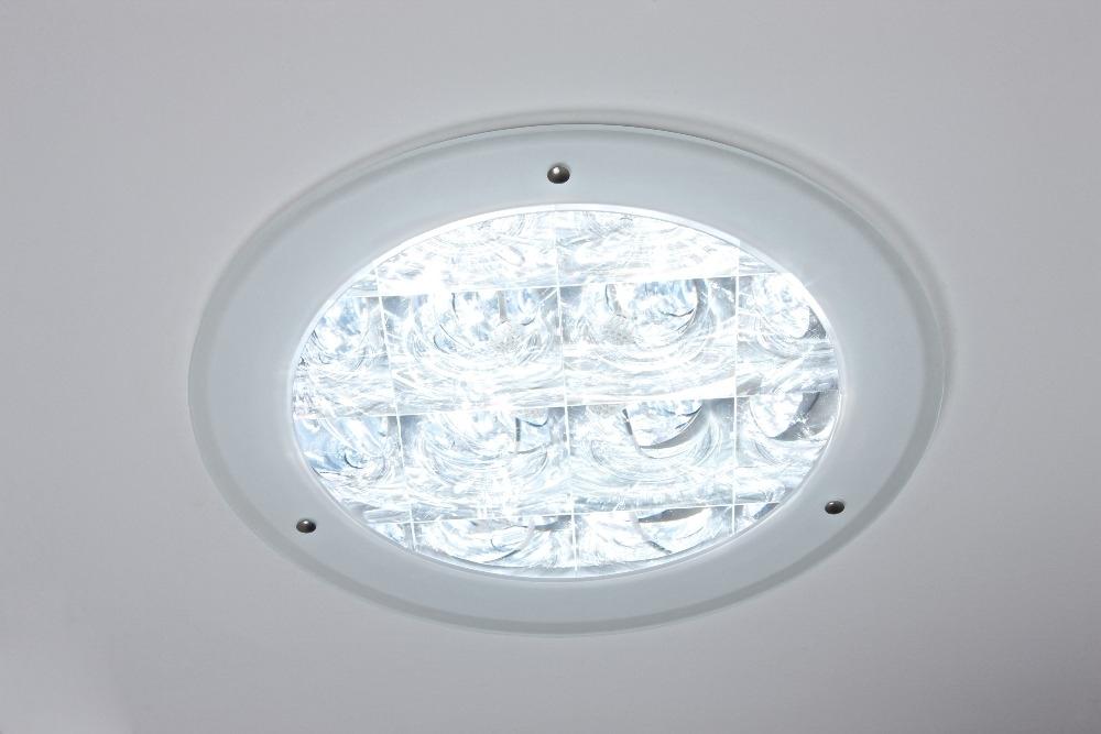 Diffusore OptiView - Per solatube DS 160 & DS 290  Questo diffusore è realizzato dall'unione di un anello acrilico smerigliato con le lenti del diffusore OptiView. Splendido!